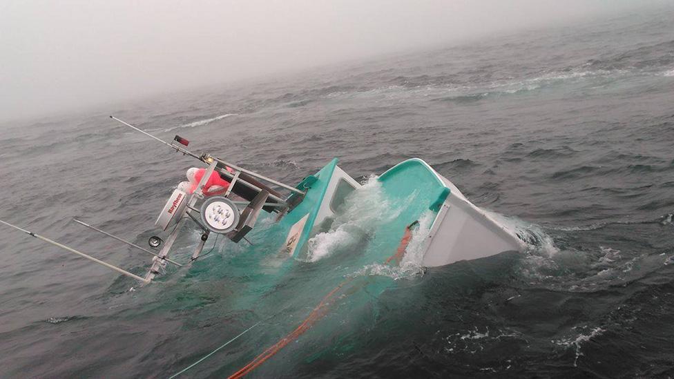 Lois N II Sinking - Nova Scotia (9)